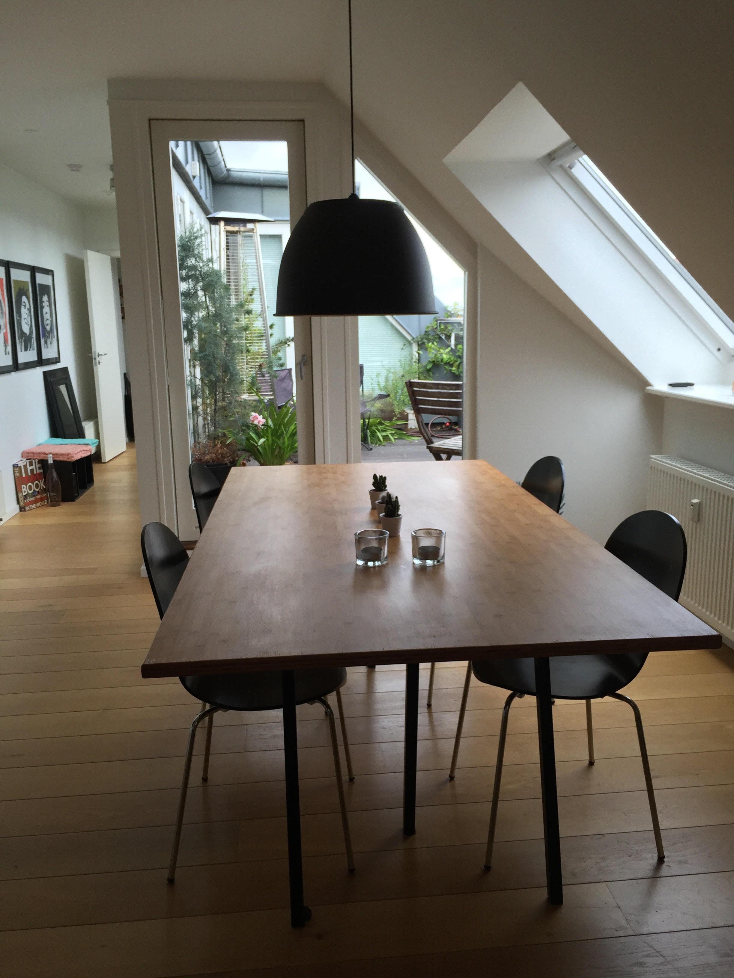 Super lækkert og lyst værelse i hjertet af København
