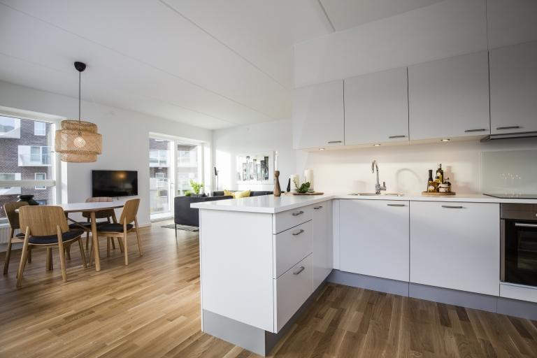 4 vær. lejlighed m. altan ved Fisketorvet - KBH-Bolig.dk - Gratis Boligportal