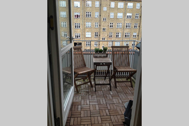 Lys 70 kvm lejlighed med altan og fri parkering - KBH-Bolig.dk ...